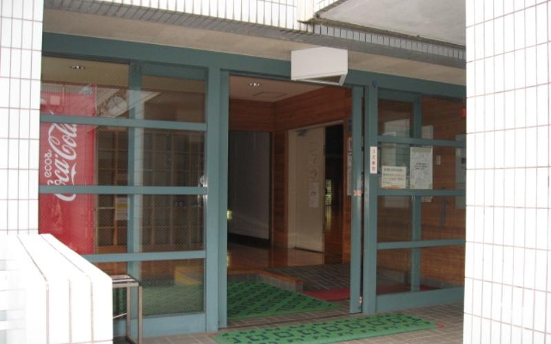 清水清見潟公園スポーツセンター...